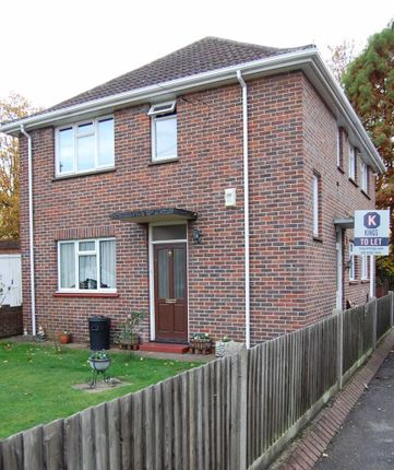 Thumbnail Maisonette to rent in Bakers End, London