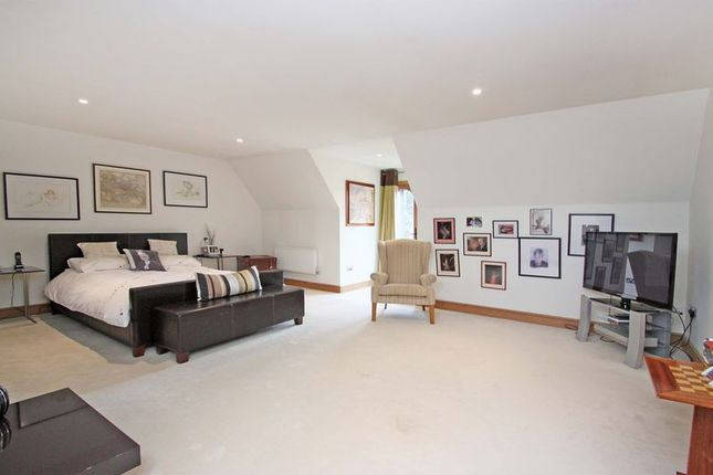 Thumbnail Terraced house for sale in Dacres Gate, Dunmow Road, Fyfield, Ongar