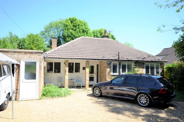 Thumbnail Detached bungalow to rent in White Lion Road, Little Chalfont, Amersham