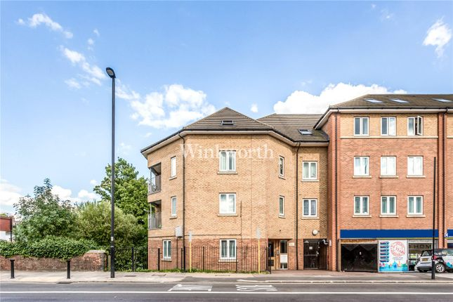 Thumbnail Flat for sale in Blacksmiths Court, 98 Green Lanes, London