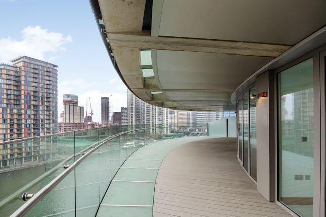 Thumbnail Flat for sale in Arena Tower, Crossharbour Plaza, Canary Wharf
