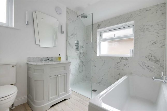 3 bed semi-detached house for sale in Arundel Drive, Woodford Green