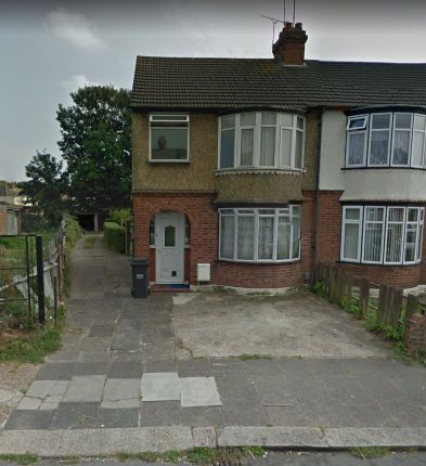 1 bed maisonette to rent in Broad Mead, Luton