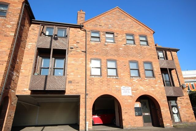 Thumbnail Flat to rent in Amber Gate, City Walls Road, Worcester