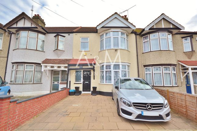 Thumbnail Property for sale in Beech Grove, Ilford