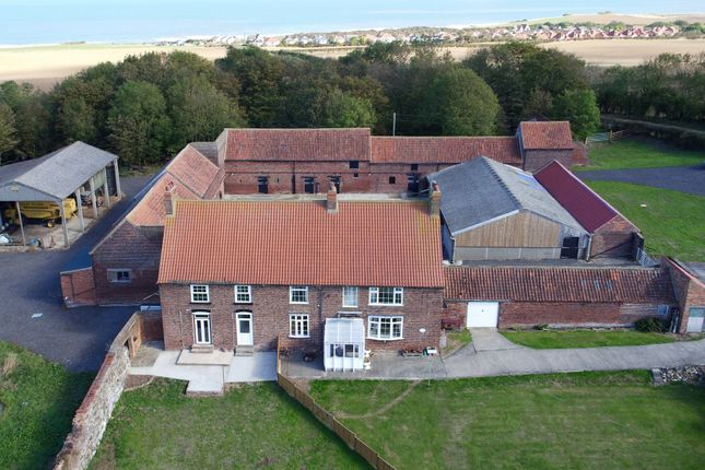 Thumbnail Equestrian property to rent in Sands Road, Hunmanby Gap, Filey