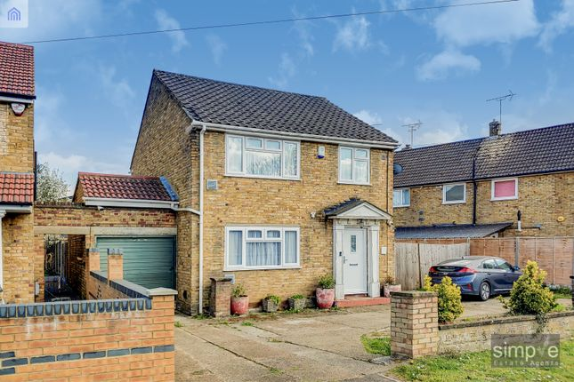 3 bed detached house for sale in Hatton Road, Hatton Cross TW14