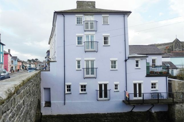 Thumbnail Flat for sale in First Floor, Bridge Street, Aberaeron