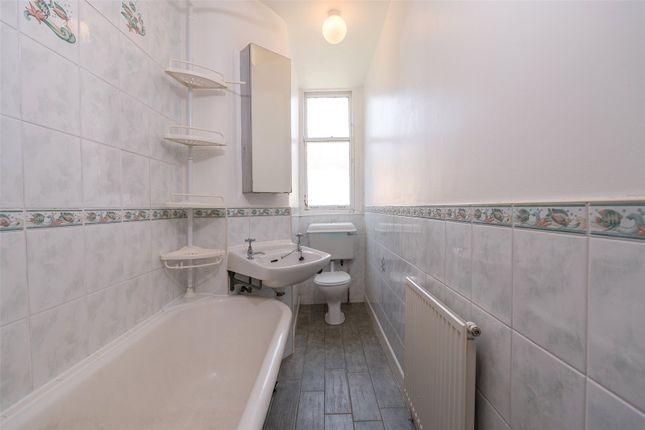 Bathroom of Albion Road, Edinburgh EH7