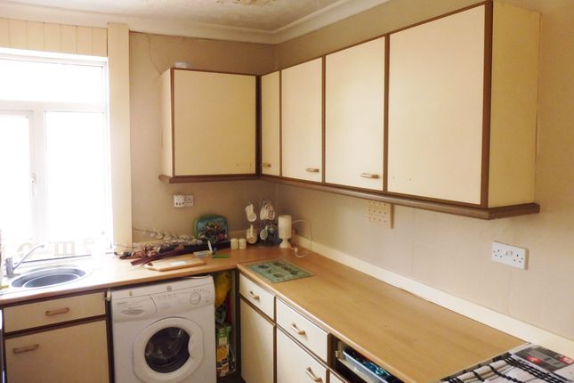 Thumbnail Terraced house to rent in Dearne View, Goldthorpe