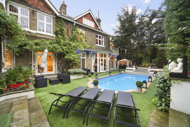 Thumbnail Detached house to rent in Frognal, Hampstead