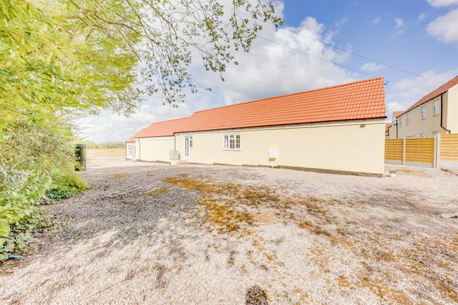 Thumbnail Barn conversion for sale in Laming Gap Lane, Normanton On The Wolds, Keyworth, Nottingham