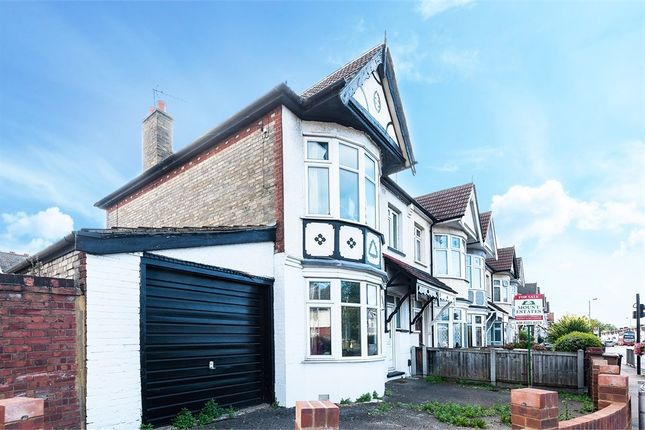 Thumbnail End terrace house for sale in Rowden Park Gardens, Chingford, London