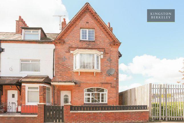 4 bedroom terraced house for sale in Tennent Street, Belfast