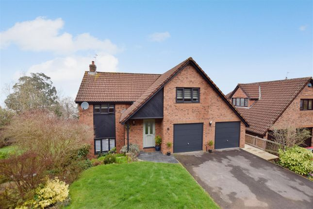 Thumbnail Detached house for sale in Frobisher Close, Portishead, Bristol