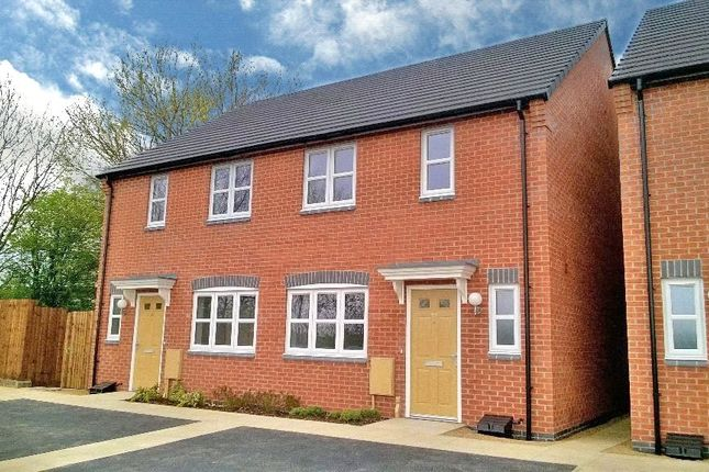 Thumbnail Town house for sale in Taylor Drive, Sileby, Loughborough, Leicestershire