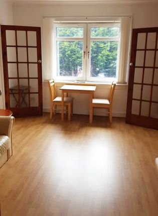 Thumbnail Flat to rent in Castlemilk Road, Croftfoot, Glasgow