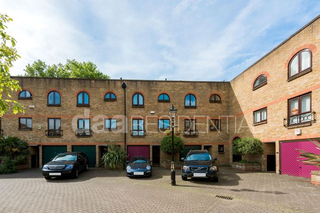 Thumbnail Terraced house for sale in Portland Square, London, Wapping