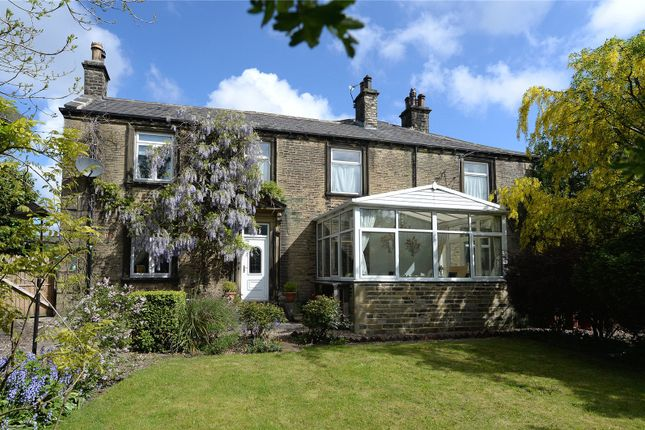 Picture No. 01 of Prospect Street, Buttershaw, Bradford, West Yorkshire BD6