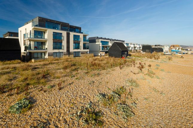 Thumbnail Flat for sale in Fishermans Beach, Hythe