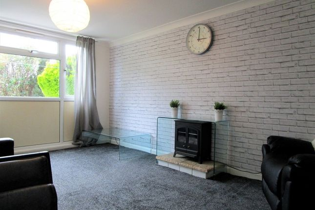 Thumbnail Property to rent in Woodbridge Fold, Headingley, Leeds