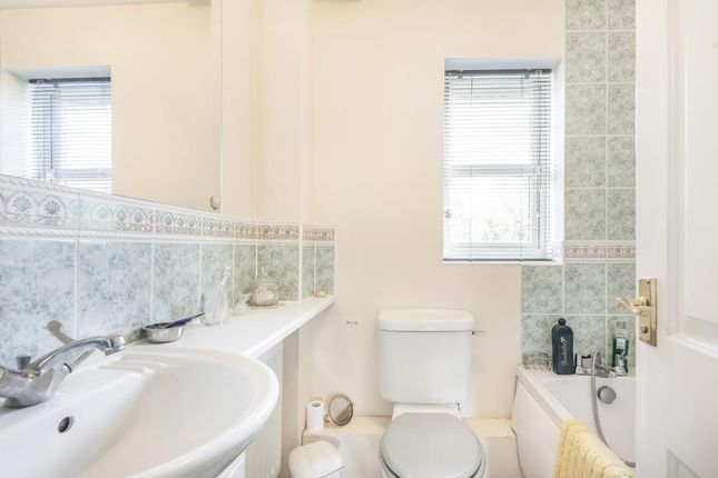 Bathroom of Langley, Berkshire SL3