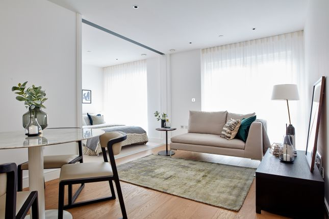 1 bed flat for sale in Dickens Yard, Ealing, London