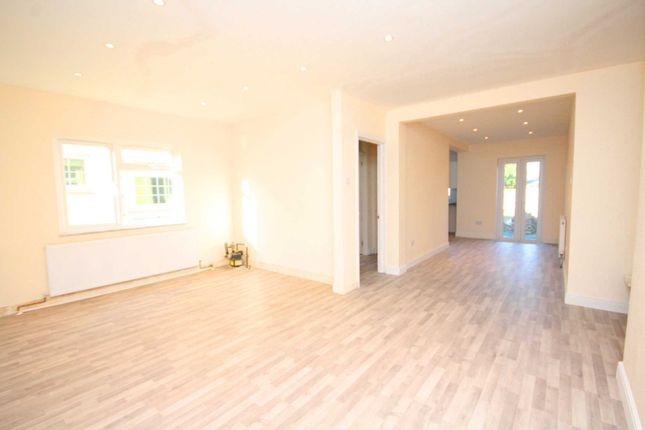 Thumbnail Bungalow to rent in The Firs, Ongar Road, Pilgrims Hatch, Brentwood