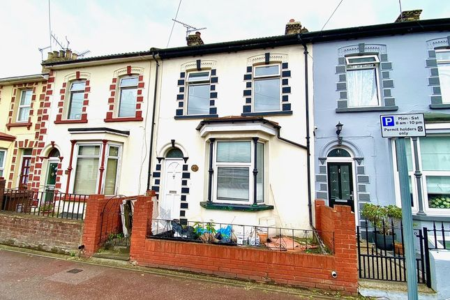 Thumbnail Terraced house to rent in Kingswood Rd, Gillingham