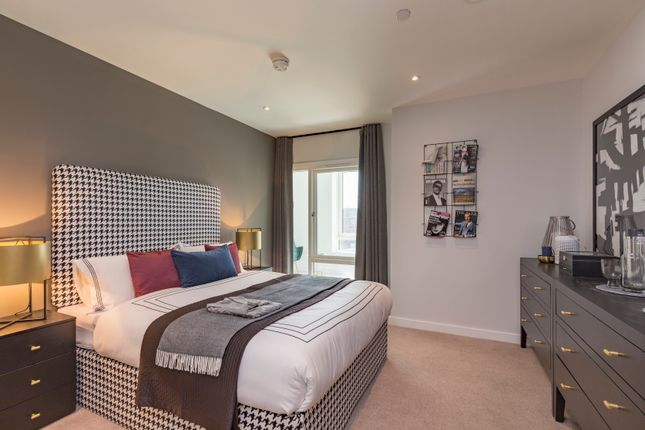 Thumbnail Flat for sale in Cambridge Road, Barking