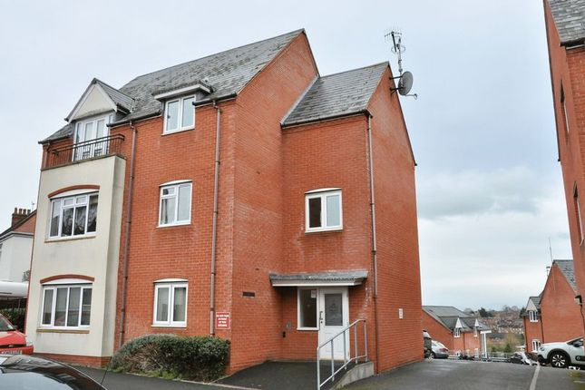 Thumbnail Flat for sale in Wilmot House, Evesham