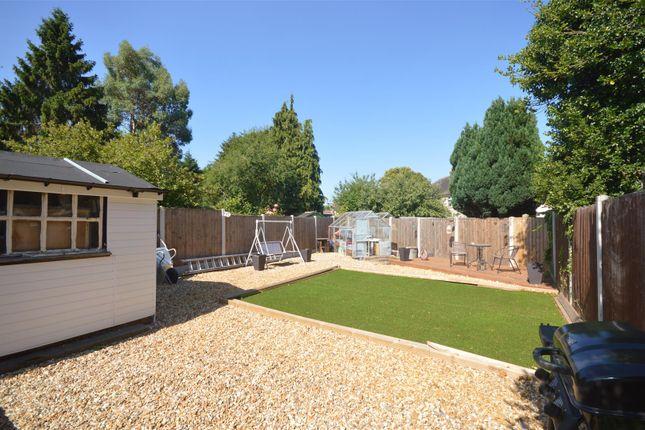 Garden of Elmdon Trading Estate, Bickenhill Lane, Birmingham B37