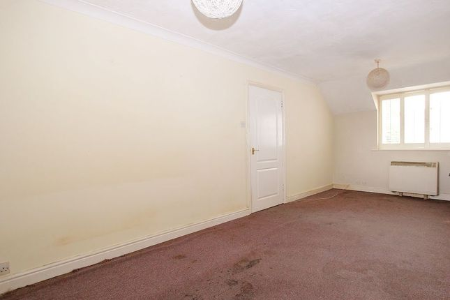 Sitting Room of Ashdown House, Rembrandt Way, Reading, Berkshire RG1