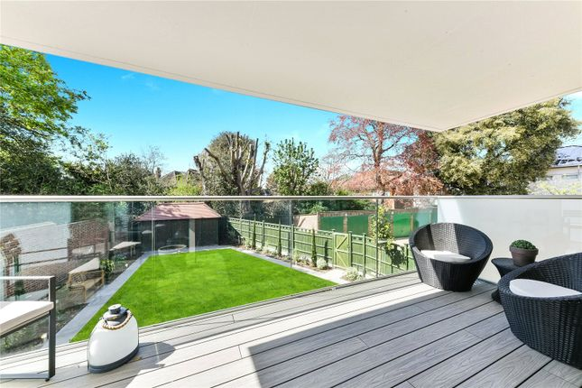 Flat for sale in Clifton Road, London