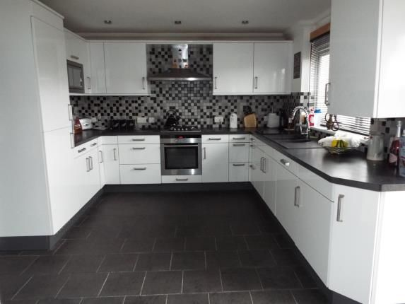 Thumbnail Terraced house for sale in Cherry Tree Rise, Witham