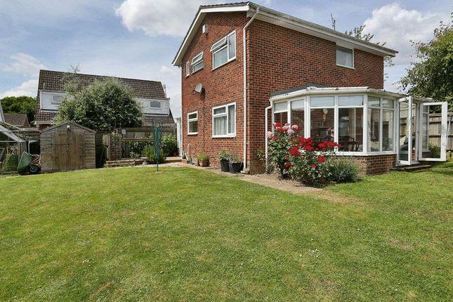Thumbnail Detached house for sale in Forge Croft, Edenbridge