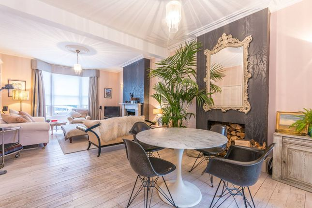 4 bed property for sale in Barclay Road, Walthamstow Village