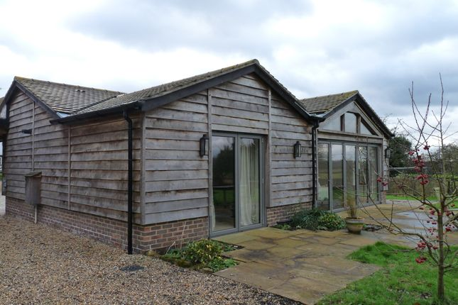 Thumbnail Barn conversion to rent in Dwelly Lane, Edenbridge