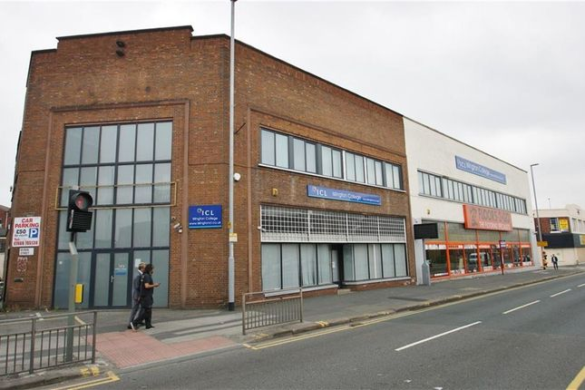 Office to let in Regent Street, Leeds, West Yorkshire