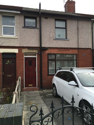 Thumbnail Terraced house to rent in Larch Road, Leigh