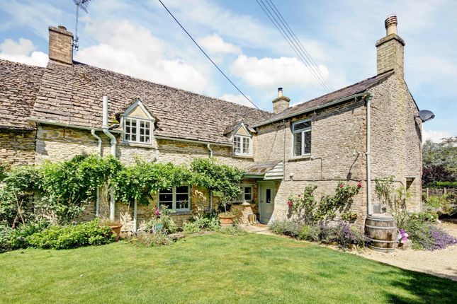 5 bed property for sale in Broadwell, Lechlade, Gloucestershire