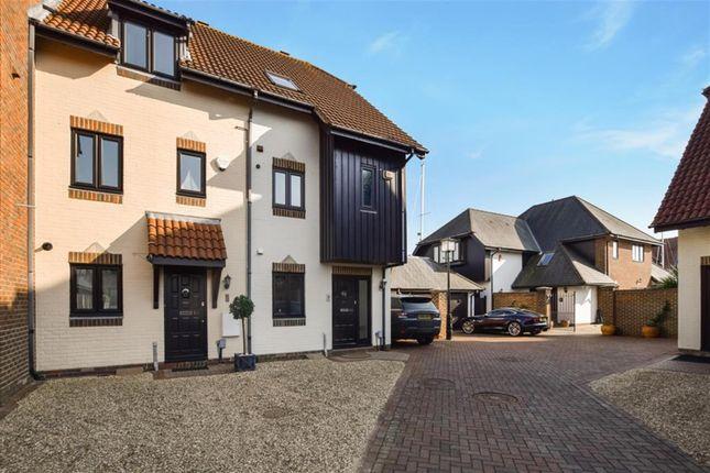 Thumbnail Town house to rent in Endeavour Way, Hythe, Southampton