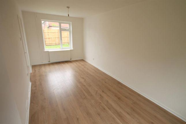 Open Plan Living Room/Dining Room