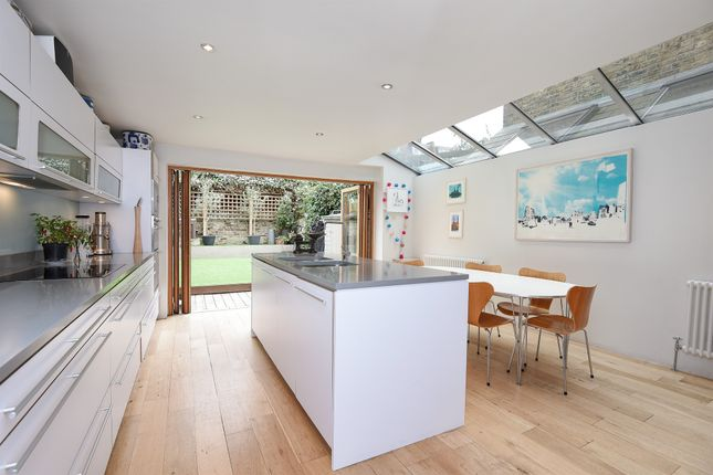 Thumbnail Terraced house for sale in Grandison Road, London