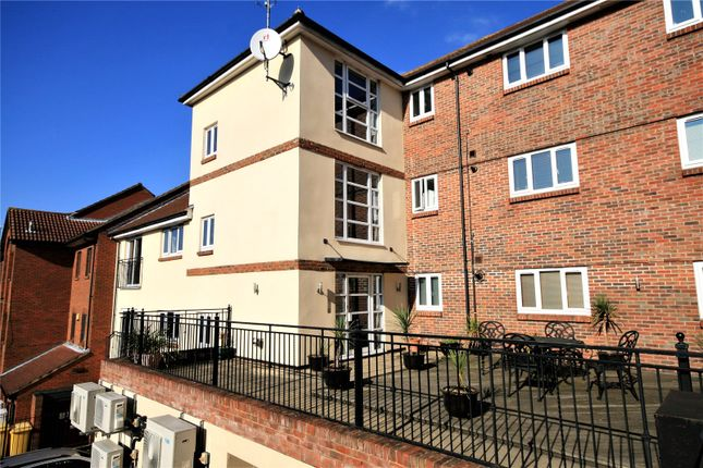2 bed flat for sale in Riverside Court, Lower Southend Road, Wickford SS11