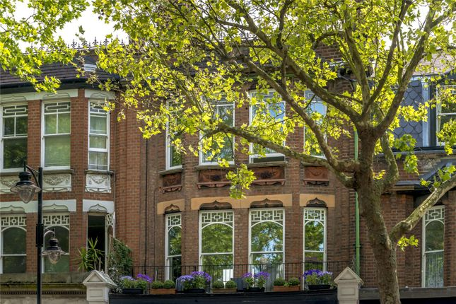 Thumbnail Flat for sale in Station Parade, Kew, Sry
