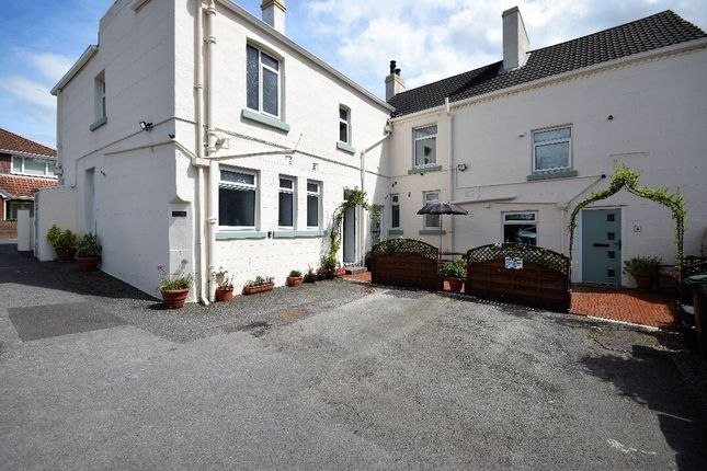 Thumbnail Hotel/guest house for sale in High Street, Brotherton