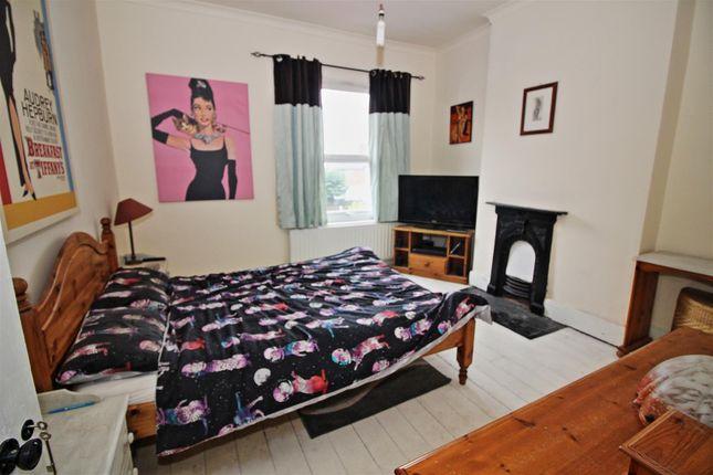 Bed 1 of St. James Street, Stapleford, Nottingham NG9
