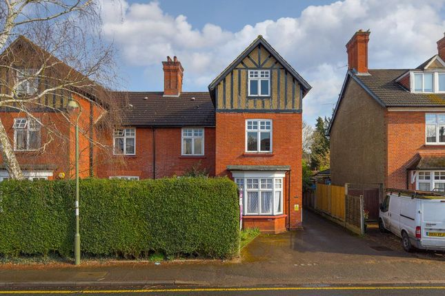 Flat for sale in Worple Road, Epsom
