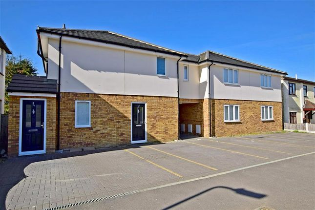 Thumbnail Flat for sale in The Approach, Rayleigh, Essex